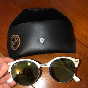 Ray-Ban sunglasses barely used